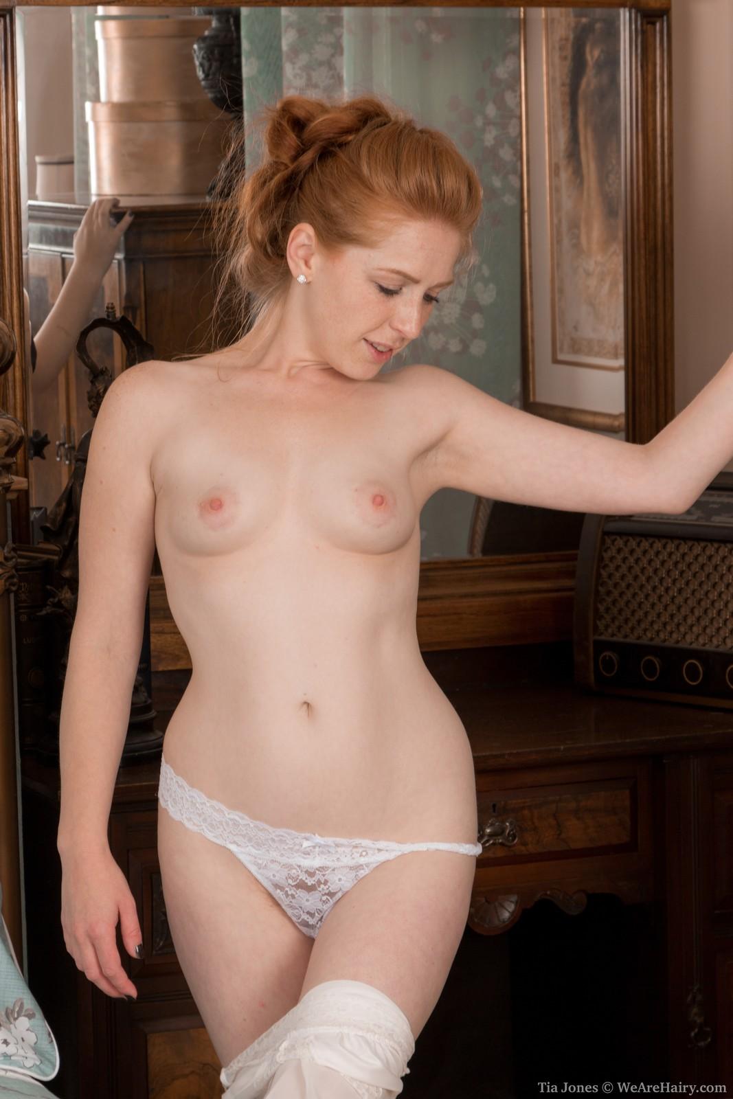 cartwright-freeporn-redhead-nude-hairy-amatuers-cock-blowjob