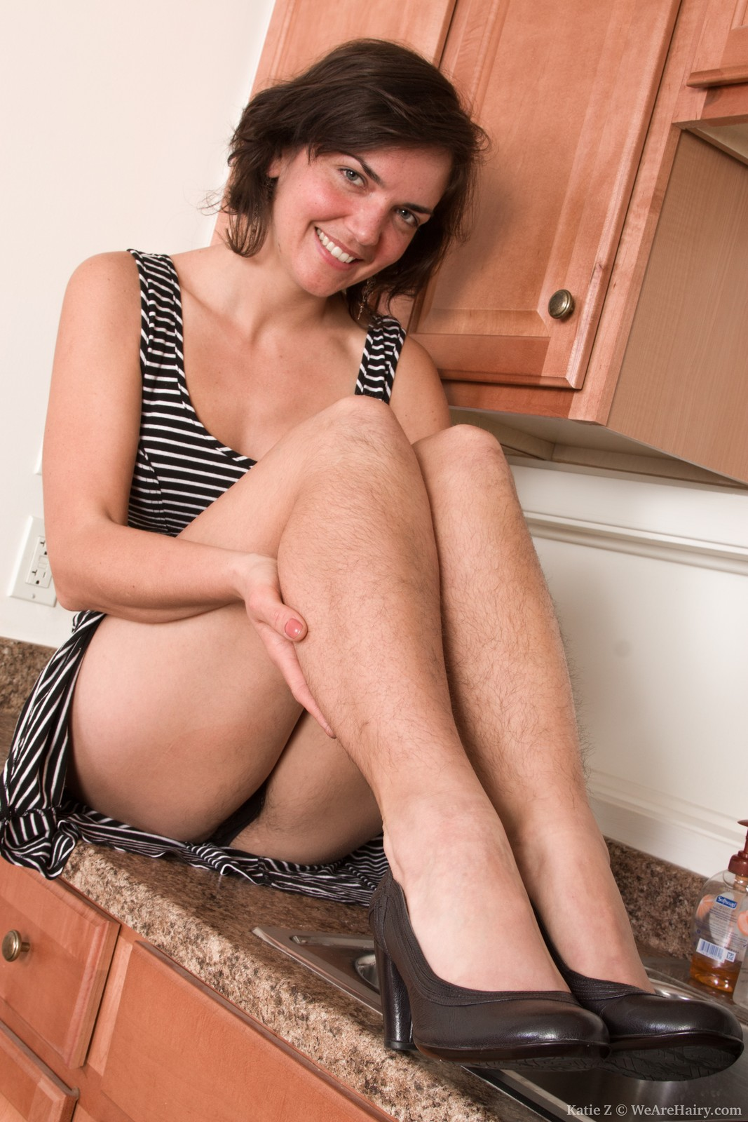 Mature Babe In The Kitchen -- Hairyfemalespicscom-3504
